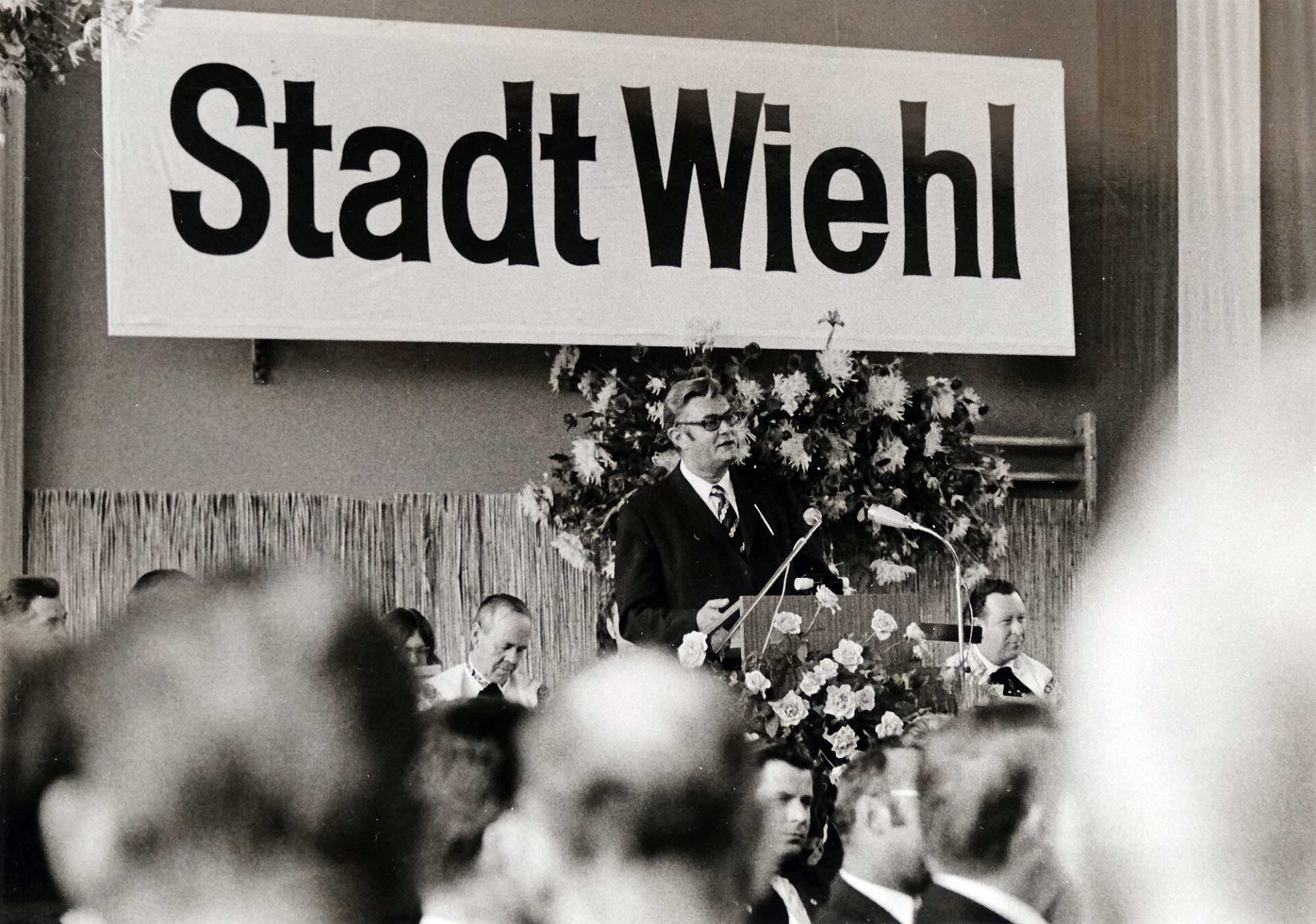 Festansprache des damaligen NRW-Innenministers Willi Weyer